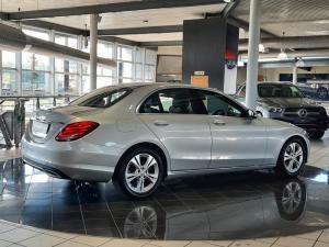 Mercedes-Benz C200 Avantgarde automatic - Image 2