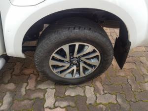 Nissan Navara 2.3D double cab LE auto - Image 8