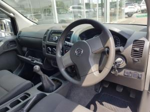 Nissan Navara 2.5dCi double cab XE - Image 7