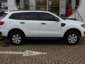 Ford Everest 2.2TDCi XLS - Image 4