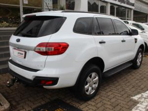 Ford Everest 2.2TDCi XLS - Image 6
