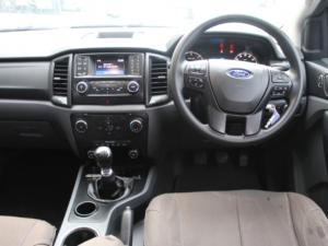 Ford Everest 2.2TDCi XLS - Image 7