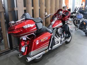 Harley Davidson CVO Road Glide Ultra - Image 4
