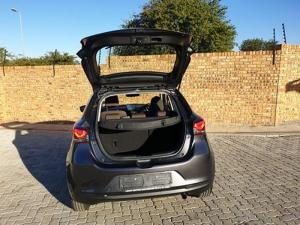 Mazda MAZDA2 1.5 Dynamic automatic 5-Door - Image 4