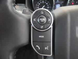 Land Rover Discovery 3.0 TD6 SE - Image 12