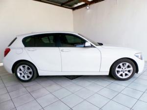 BMW 1 Series 118i 5-door auto - Image 2