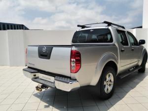 Nissan Navara 2.5dCi double cab LE - Image 3