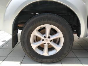 Nissan Navara 2.5dCi double cab LE - Image 9