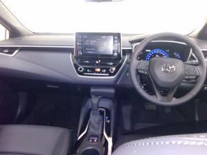 Toyota Corolla 2.0 XR CVT - Image 8