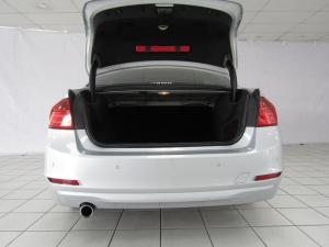 BMW 320i automatic - Image 12