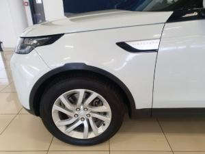 Land Rover Discovery HSE Td6 - Image 6