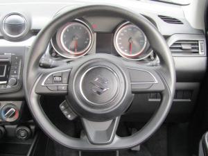 Suzuki Swift 1.2 GL - Image 12