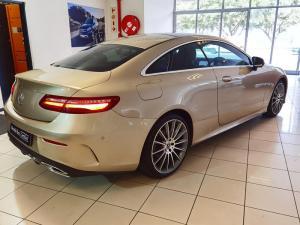 Mercedes-Benz E 200 Coupe - Image 4