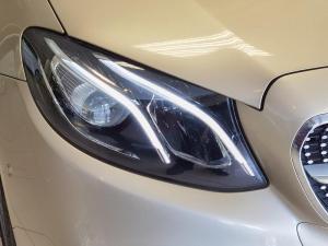 Mercedes-Benz E 200 Coupe - Image 6