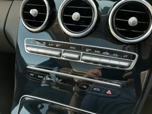 Mercedes-Benz C-Class C180 - Image 16