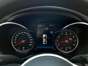 Mercedes-Benz C-Class C180 - Image 21