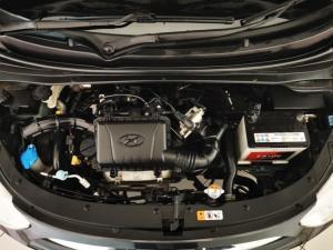 Hyundai i10 1.1 GLS - Image 18