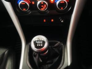 Mazda BT-50 2.2 double cab SLE - Image 11