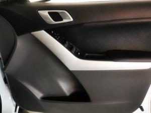Mazda BT-50 2.2 double cab SLE - Image 12