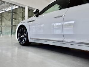 Volkswagen Arteon 2.0TSI 4Motion R-Line - Image 3