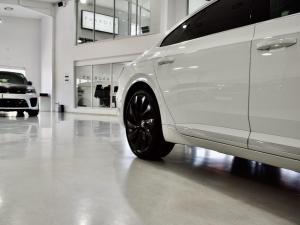 Volkswagen Arteon 2.0TSI 4Motion R-Line - Image 9