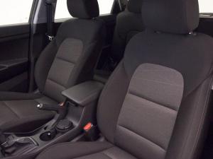Hyundai Tucson 2.0 Premium automatic - Image 12