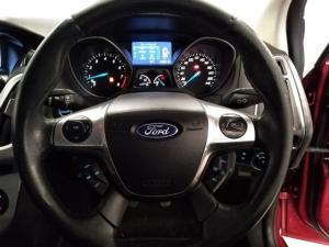 Ford Focus hatch 2.0 Sport - Image 10