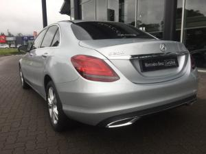 Mercedes-Benz C200 automatic - Image 10