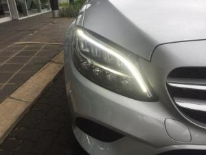 Mercedes-Benz C200 automatic - Image 2