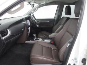 Toyota Fortuner 2.8GD-6 4X4 Epic automatic - Image 11