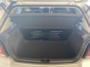 Volkswagen Polo Vivo hatch 1.4 Trendline - Image 10