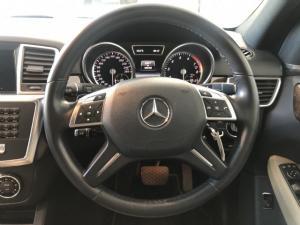 Mercedes-Benz ML ML400 - Image 11