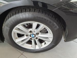 BMW 320i automatic - Image 7