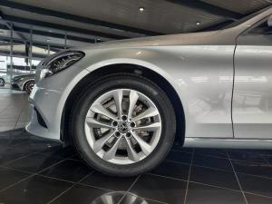 Mercedes-Benz C220 Bluetec Avantgarde automatic - Image 7