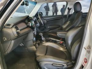MINI Hatch Cooper Hatch 5-door auto - Image 7