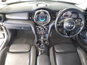 MINI Hatch Cooper Hatch 5-door auto - Image 9