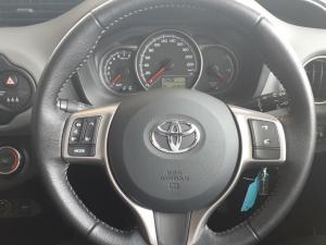 Toyota Yaris 1.0 - Image 8