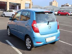 Hyundai i10 1.1 Motion automatic - Image 6