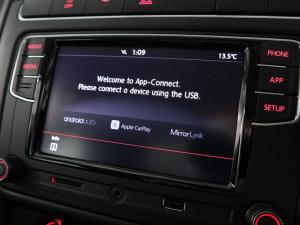 Volkswagen Polo Vivo hatch 1.6 Comfortline auto - Image 14