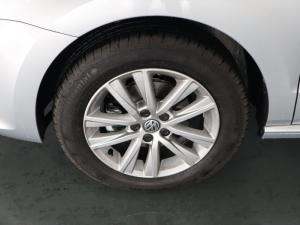Volkswagen Polo Vivo hatch 1.6 Comfortline auto - Image 25