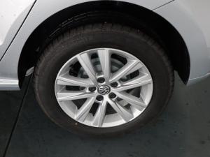 Volkswagen Polo Vivo hatch 1.6 Comfortline auto - Image 26