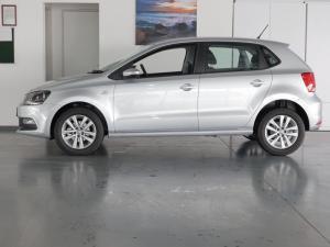 Volkswagen Polo Vivo hatch 1.6 Comfortline auto - Image 2