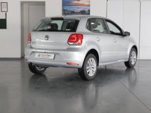 Volkswagen Polo Vivo hatch 1.6 Comfortline auto - Image 4