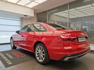 Audi A4 40TFSI Advanced line - Image 11