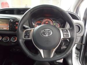 Toyota Yaris 1.3 - Image 7