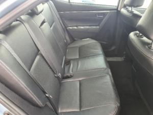 Toyota Corolla 1.8 Exclusive - Image 11