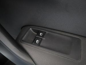 Volkswagen Polo Vivo hatch 1.4 Trendline - Image 21