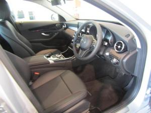 Mercedes-Benz C180 Avantgarde automatic - Image 11