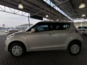 Suzuki Swift 1.2 GL automatic - Image 4