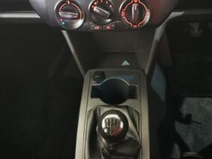 Volkswagen Polo Vivo hatch 1.4 Street - Image 11